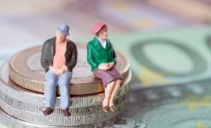 legea-care-extinde-categoriile-de-beneficiari-ai-reducerii-cu-doi-ani-a-varstei-standard-de-pensionare
